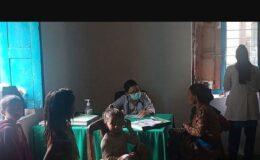 कलिकोटको ग्रामिण क्षेत्रमा चिकित्सकीय सेवा प्रदान गर्दै – डा. अप्सरा